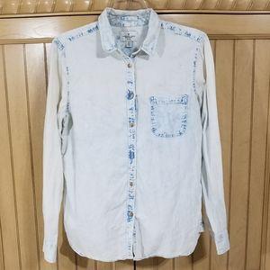 A.E.O. White Washed Shirt, sz Medium